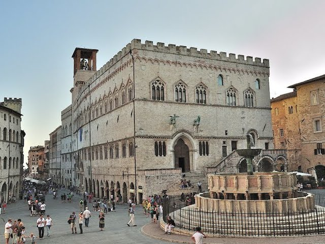 5 must-see places in Perugia's city center