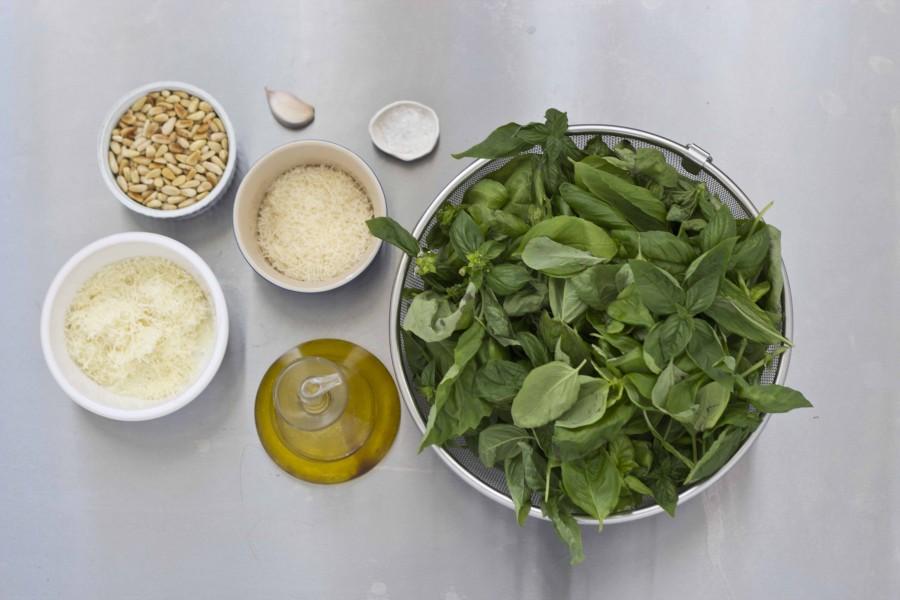 Pesto recipe ingredients