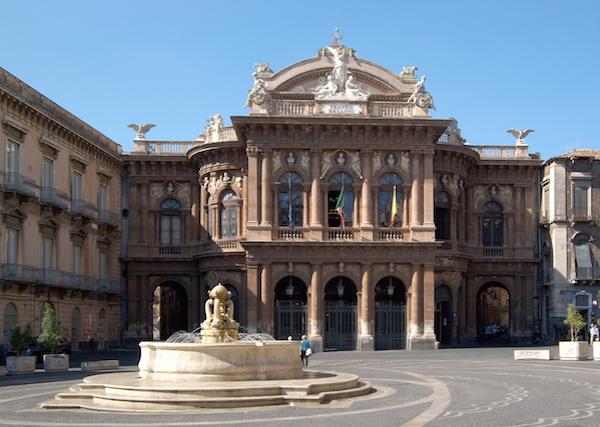 4 day itinerary Sicily: Bellini Theatre in Catania