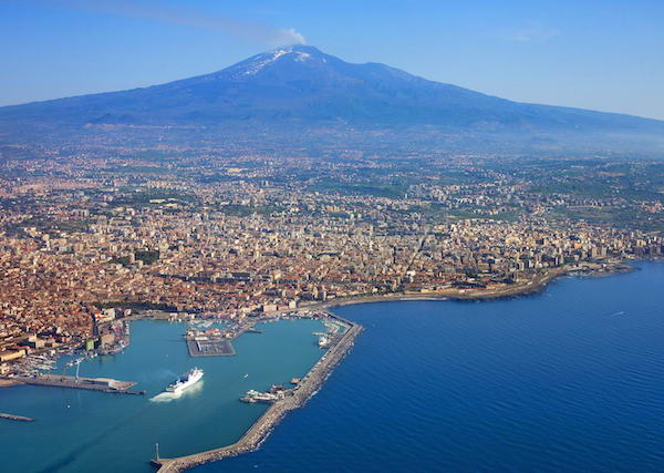 4 day itinerary Sicily: Catania and Mount Etna